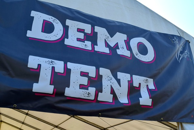 Demo Tent at We Love Hythe Food Festival | www.rachelphipps.com @rachelphipps