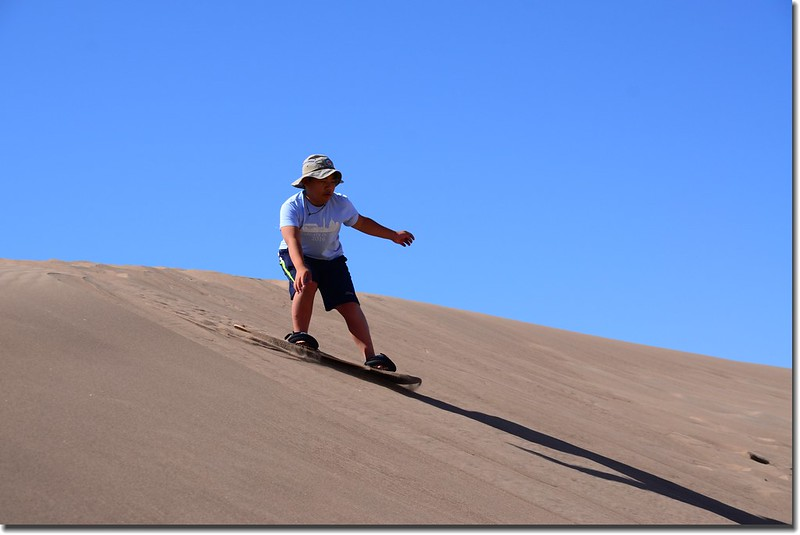 Sledding at Great Sand Dunes  (21)