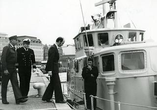 Sisäministerin vierailu VL Koskelolla matkalla Pirttisaareen