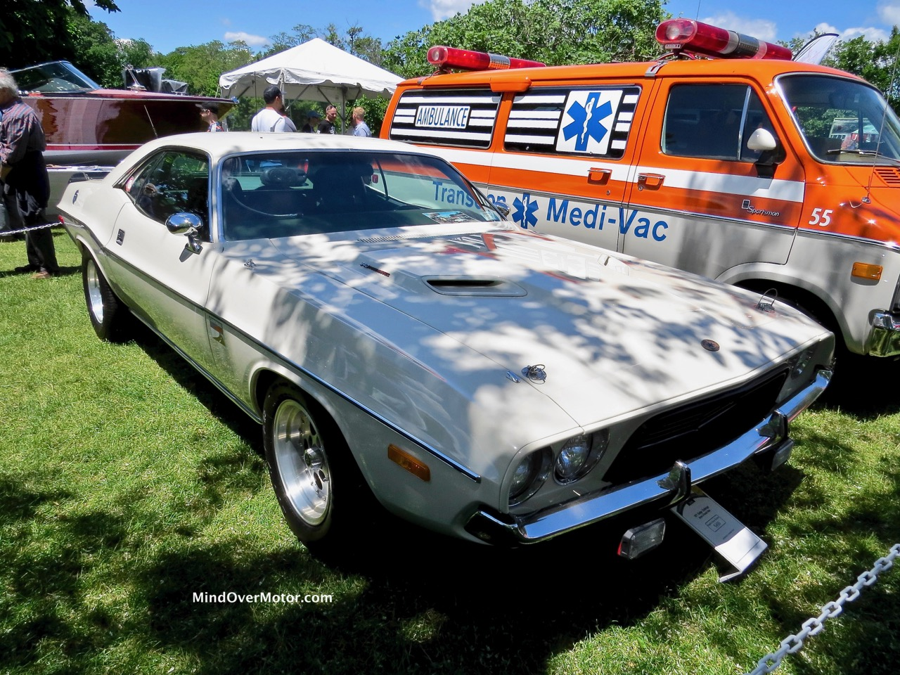 Dodge Challenger Front
