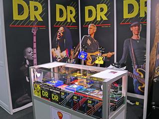 DR Strings (2)