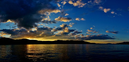 lake george clouds cloud water sunset sky nature travel rwgrennan rgrennan nikon d610 panorama pano panoramic nys newyork adk adirondack mountain color summer ryan grennan landscape reflection wiawaka