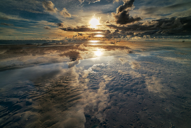 Sky and sea merging together °2