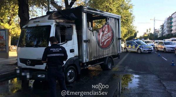 arde camion menendez pelayo