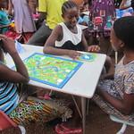 dream-home-kids-play-board-games05