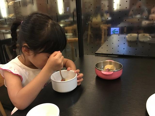 鹿鹿與她的早餐@捷絲旅高雄中正館HAPE主題家庭遊戲房