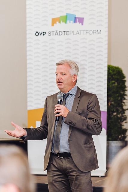OEVP_Staedteplattform_Henrici_web_byJOSEFSIFFERT-42