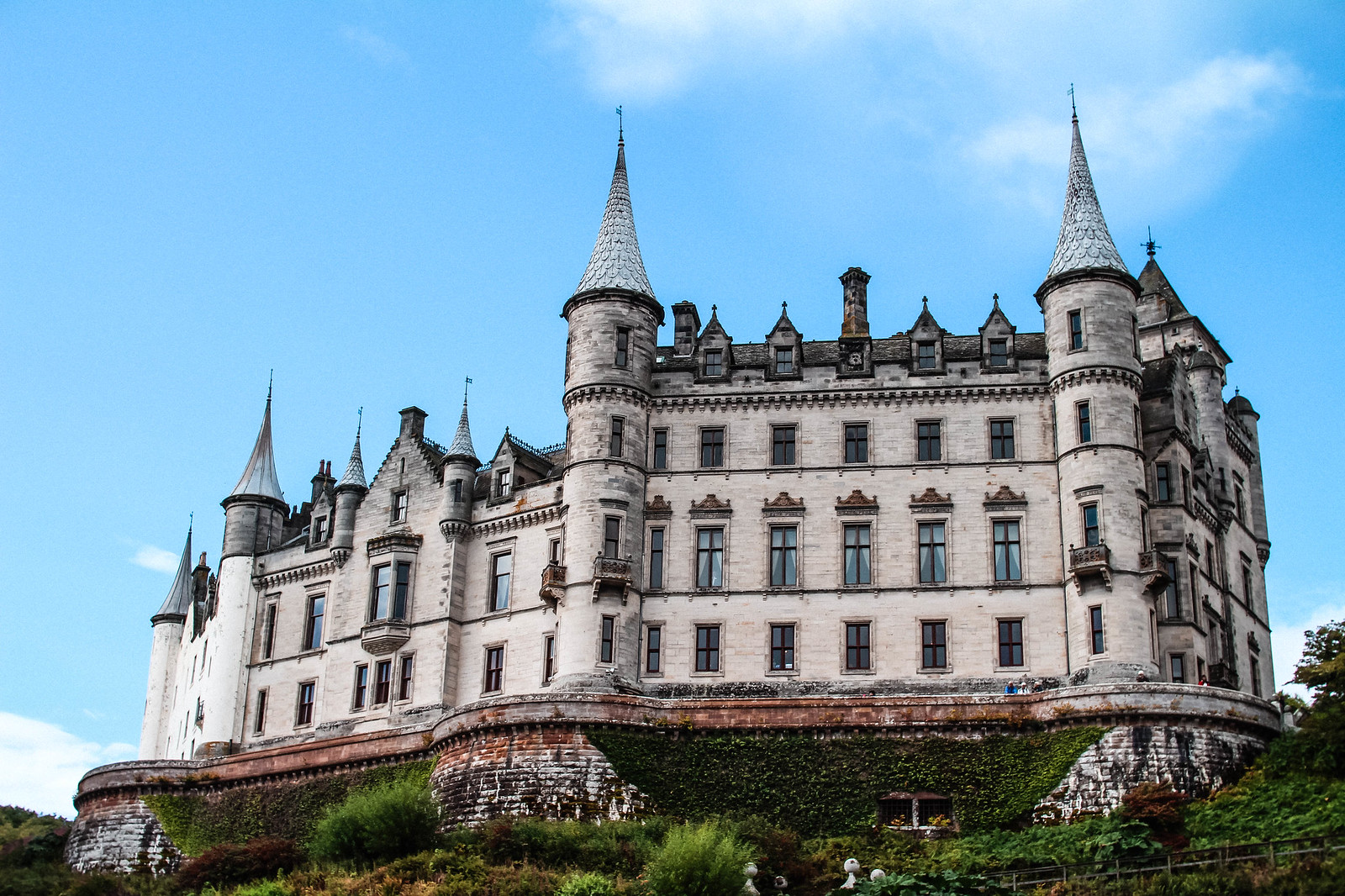 Dunrobin Castle Golspie Scotland travel blogger UK