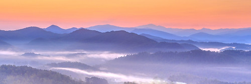 smoky mountain national park tennessee dawn runrise for foothills parkway