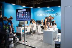 Messestand eSport Science  von Logitech bei der Gamescom 2017