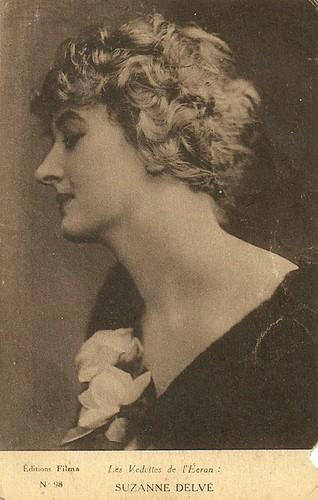 Suzanne Delvé