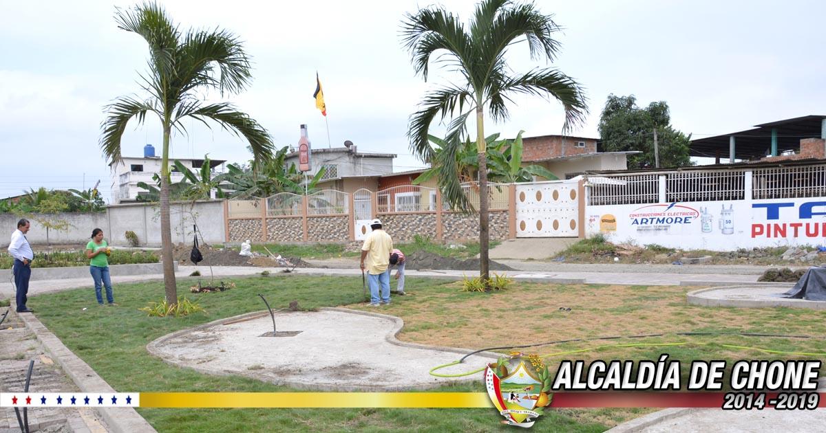 El parque Abdón Calderón ya cuenta con sus obras ornamentales