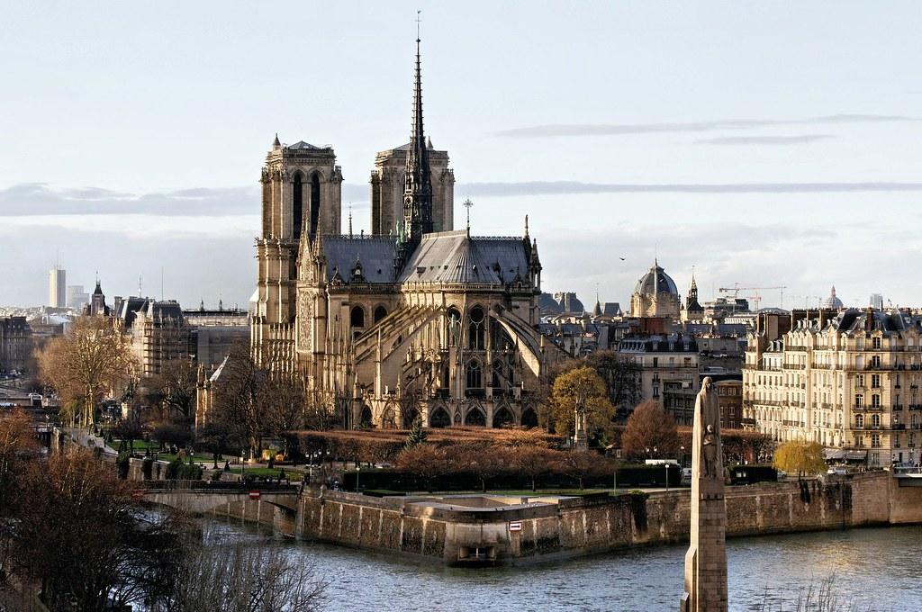 notre-dame-of-paris-568858_1920