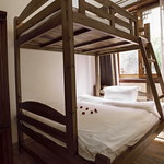 Yangshuo Mountain Retreat Family Bunk Bed XL