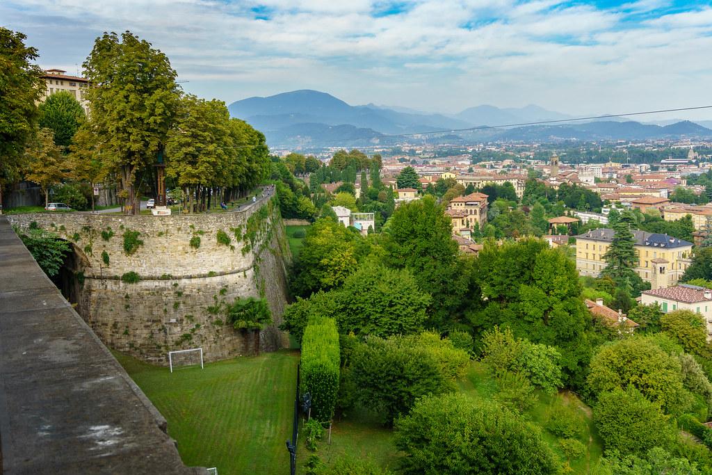 Hotels Near Bergamo