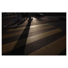 Lucerne Leica Q . #leicaQ #leica #leicacamera #leicaqtyp116 #leicacraft #leica_photos #leica_uk #leica_world #leicaphotography #twitter #sunshine #lucerne #switzerland #enjoy #fun #goodtimes #shadows #pedestrian #yellow