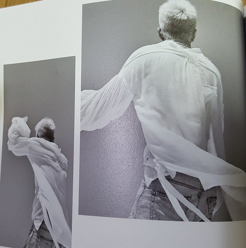 Taeyang WHITE NIGHT RED Edition (36)