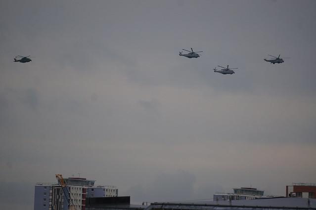 HMS QE arrives 2017, Sony NEX-5R, Sony E 55-210mm F4.5-6.3 OSS