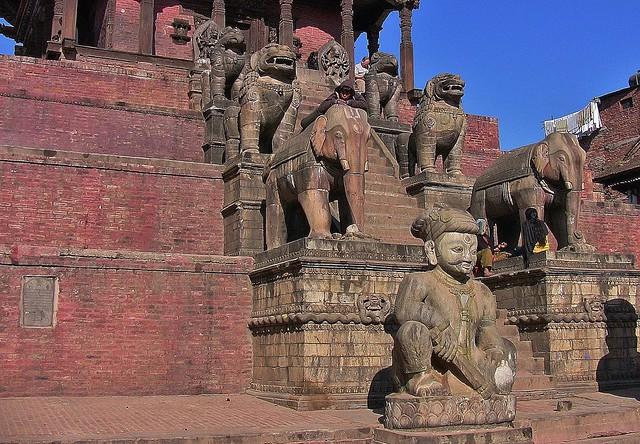 NEPAL Bhaktapur, Tempel , Pagoden usw., Nyatapola-Tempel, 16433/8747