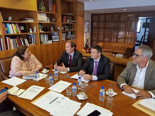 reunião com secretaria de estado