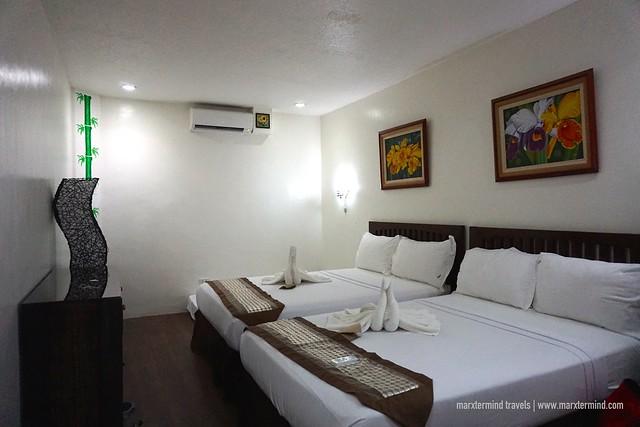 Luljetta's Place Senator's Suite - Second Floor