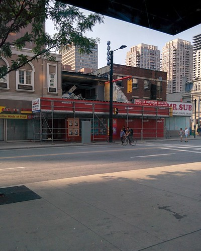 Open Streets (20) #toronto #yongeandcollege #yongestreet #openstreetsto #latergram