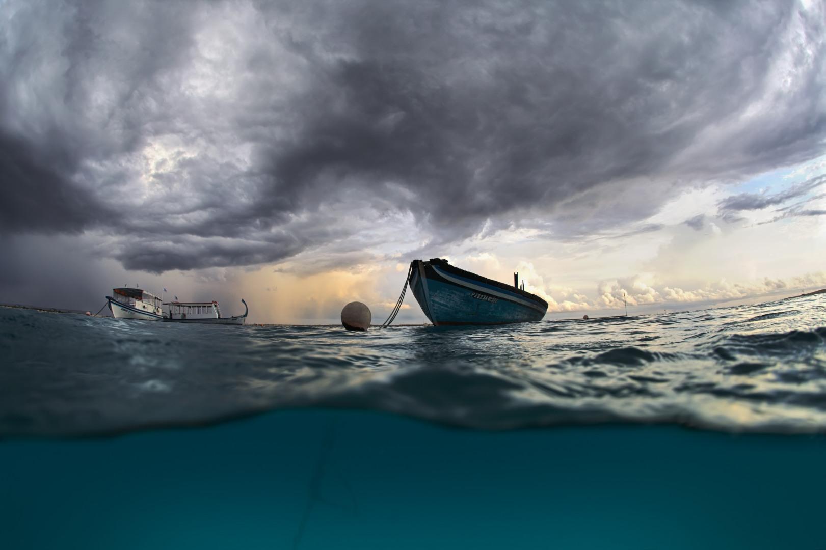 Сон, в котором вы идете либо готовитесь к походу на веслах, это сон о борьбе с обстоятельствами.