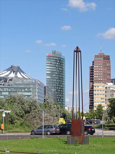 La Potsdamerplatz depuis le Kulturforum (Berlin)