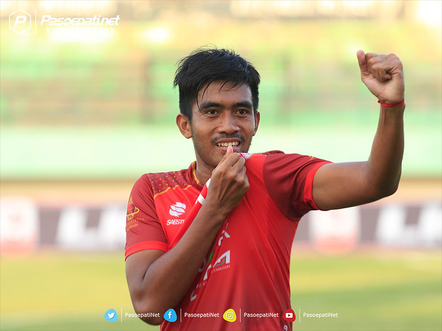 AGUNG IS RED