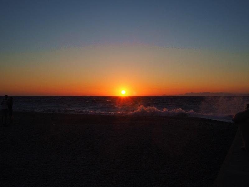 sunset-auringonlasku-kreikka-rodos-tuulinen-ranta