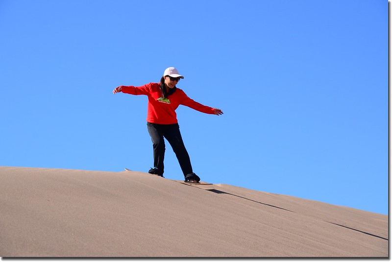 Sledding at Great Sand Dunes  (18)