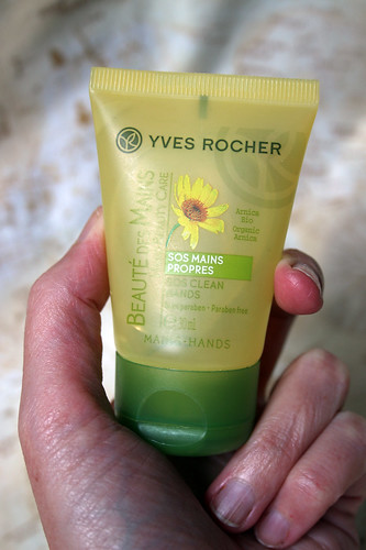 Yves Rocher - SOS clean hands