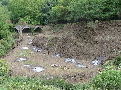 Condotta acqua su ponte medievale