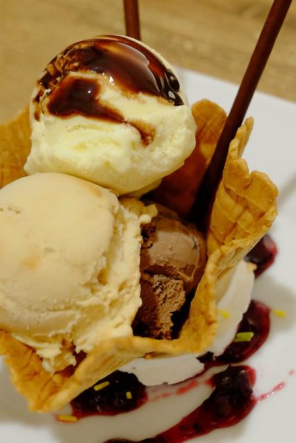 アイスクリームホーリック