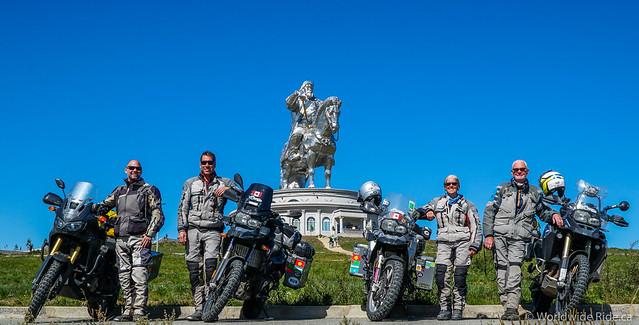 Mongolia Chiggis Khan Monument-2