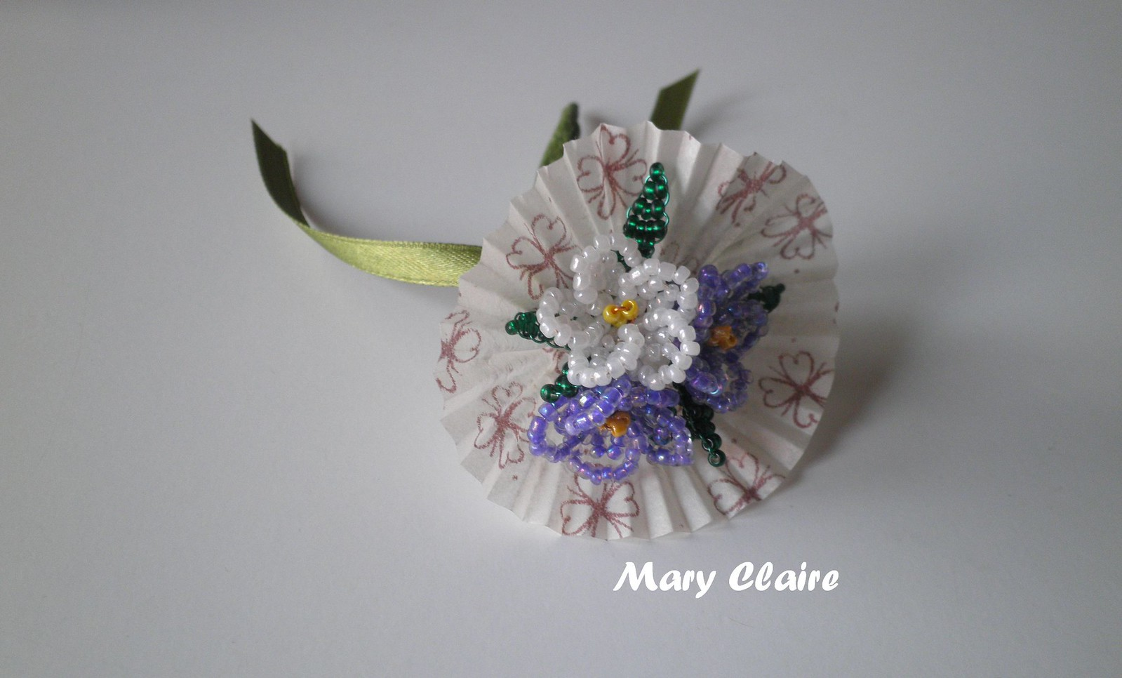 mazzolino bianco e viola