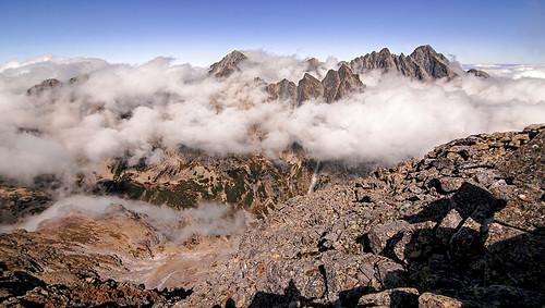 slavkovsky stit slovakia slovensko vysoke tatry narodny park travel hiking summit autumn clouds above europe valley lomnicky velka studena dolina 2452