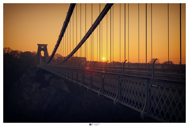 Early morning sunrise at the Clifton suspension bridge