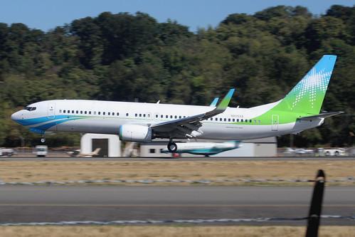 Boeing 737-8AL(WL) Saudi Aramco N805XA LN6604
