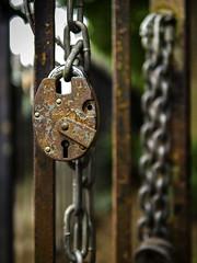 Padlock & Chain