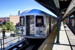 NYC Subway - Myrtle/Wyckoff Station - M shuttle train - R-42 4802