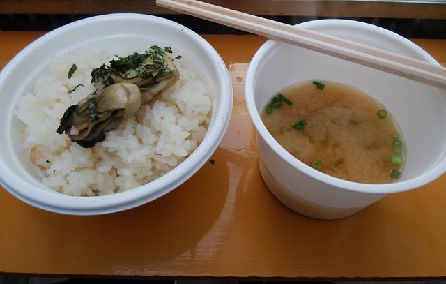 hiroshima-hatsukaichi-shimada-suisan-oyster-hut-kakimeshi-01