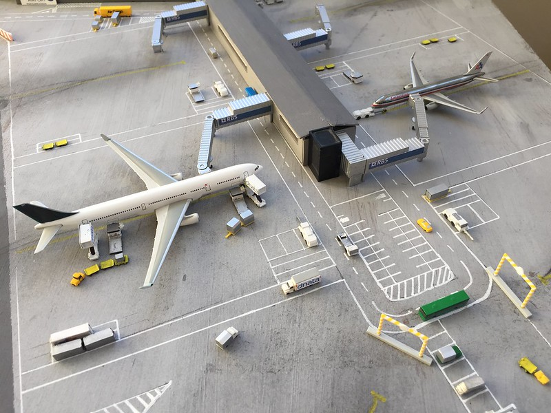 Aeropuerto Regional Airport 1//500