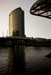 Canary Wharf Golden Tower