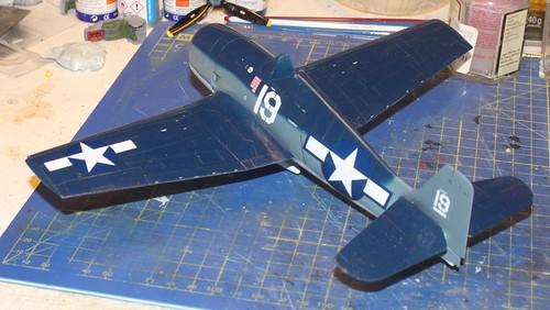 """Grumman F6F-3 Hellcat, """"Vit 19 Vraciu"""", Eduard 1/48 - Sida 3 37461616484_99585df621"""