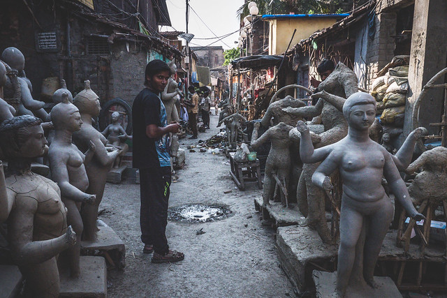 Kolkata - Kumortuli mud Gods sculptures-14 The mud statues of Kolkata you've probably never heard about | Calcutta cultural sights | How to get to Kumortuli to see the mud statues | Durga Puja festival
