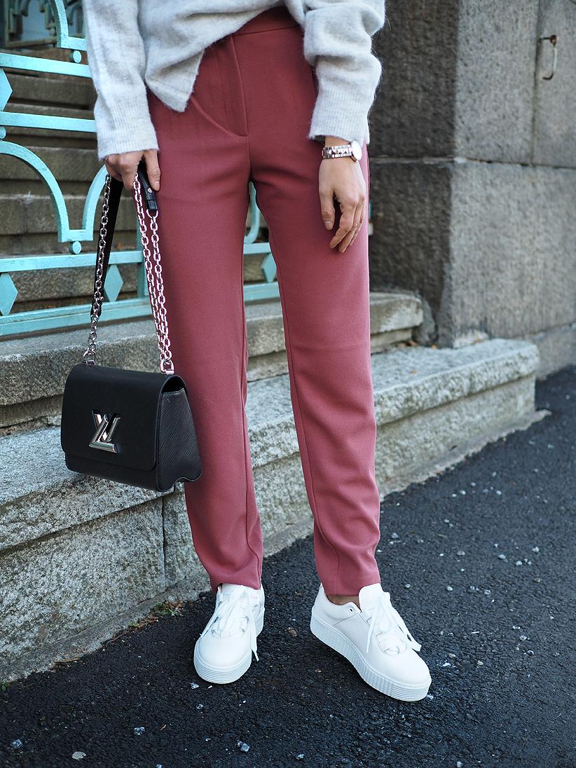 suorat housut1