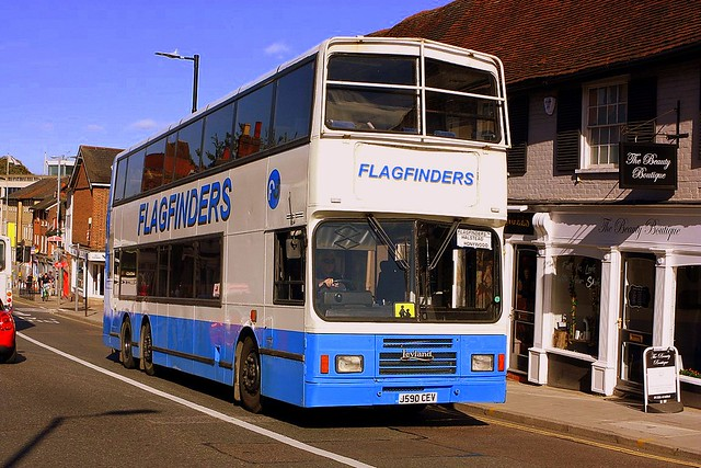 Flagfinders 105 seater