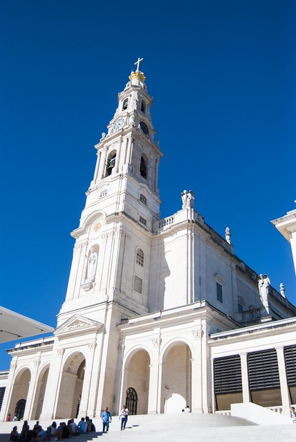 Basílica de Nossa Senhora do Rosário de Fátima (Basilica of Our Lady of the Rosary of Fatima)