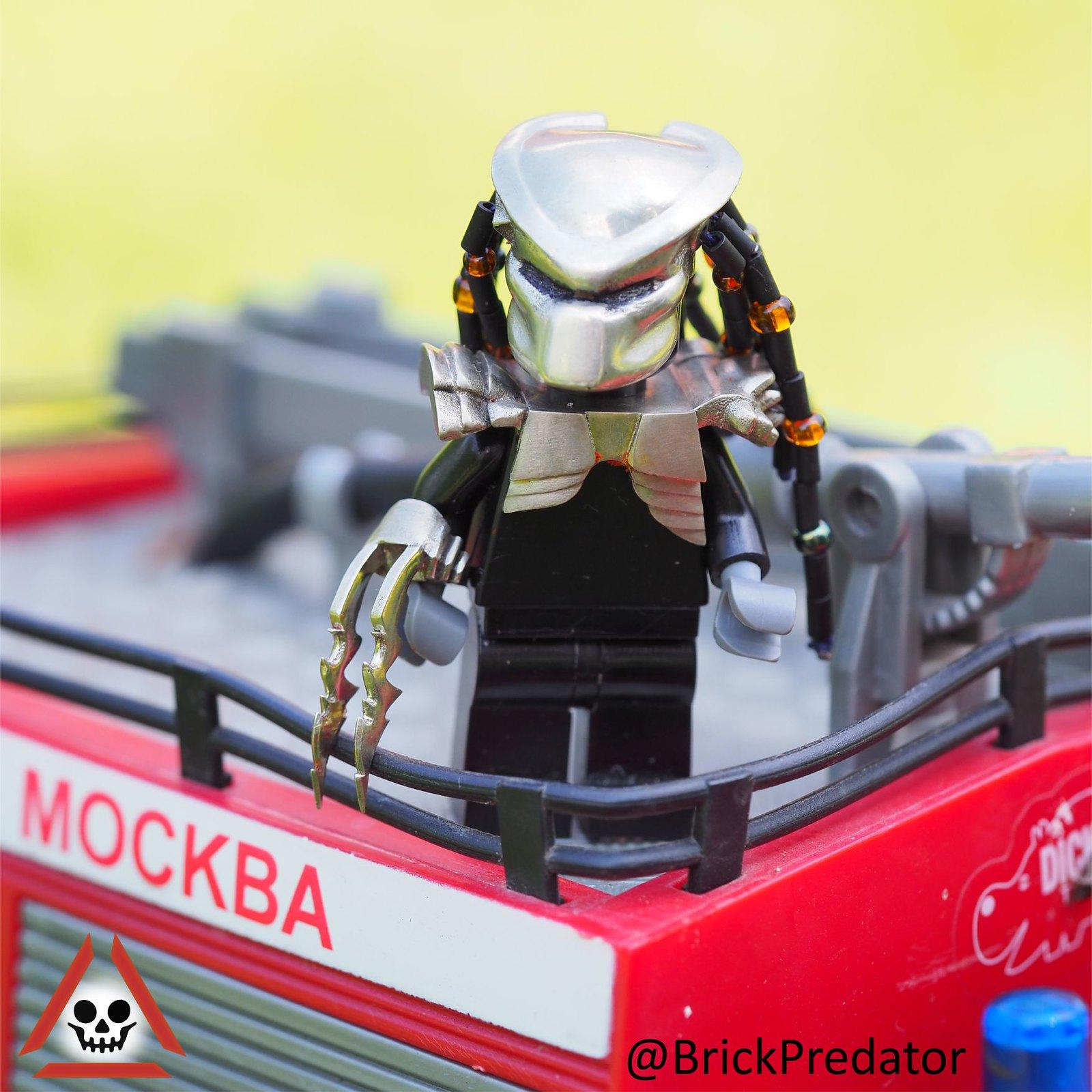 Lego custom minifigure Predator